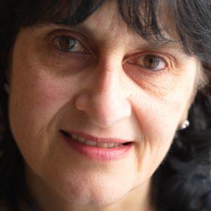 Moniza Alvi